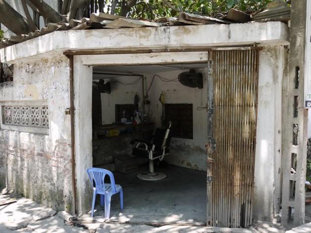 バッチャン村の散髪屋